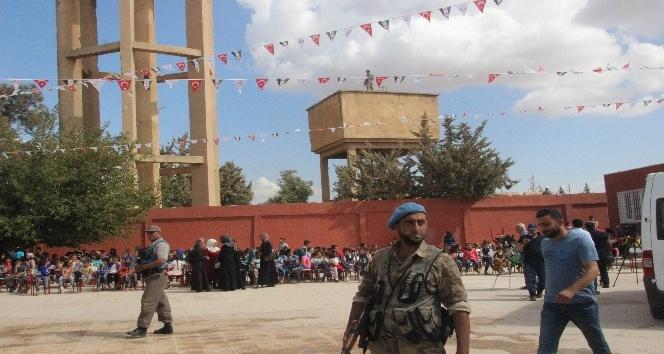 Fırat Kalkanı Bölgesinde 150 bin öğrenci törenle ders başı yaptı
