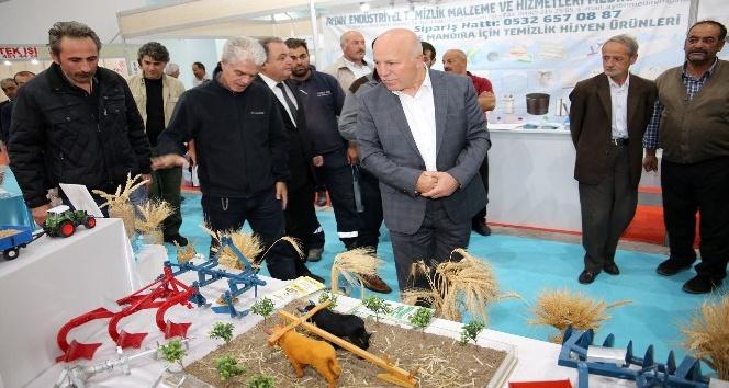 Çiftçi ve üreticilerden Başkan Sekmen'e fuar teşekkürü