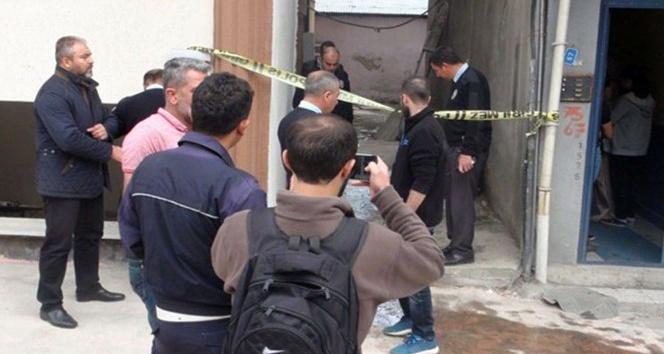 Çatıyı onarırken 5'inci kattan düşen bir kişi hayatını kaybetti