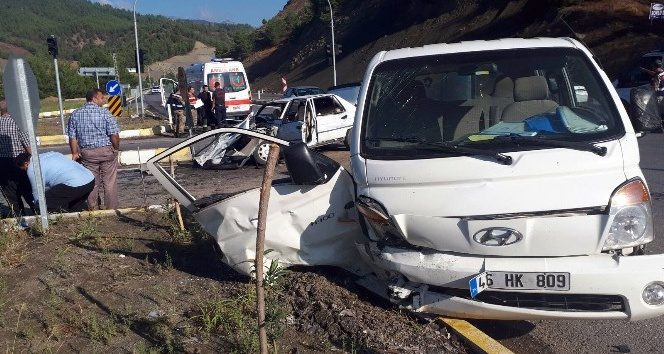 Kahramanmaraş'ta trafik kazası: 1'i ağır 9 yaralı