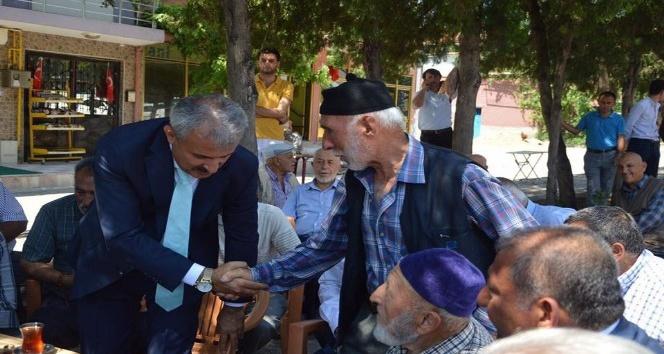 """Başkan Sungur: """"Yaşlılar en büyük hazinemizdir"""""""