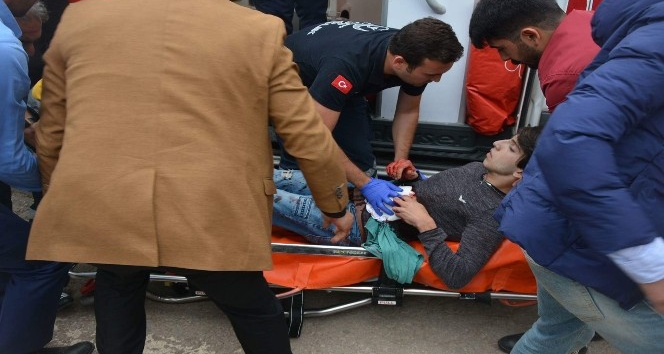 Fatsa'da bıçaklı kavga: 1 ağır yaralı