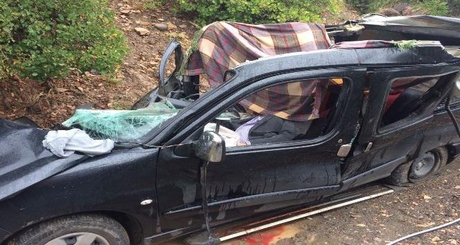 Artvin'de Feci Kaza: 3 Ölü 1 yaralı