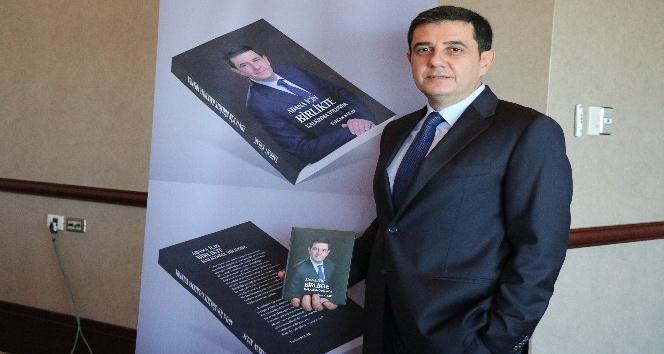 """Tarkan Kulak, """"Adana İçin Birlikte Kalkınma Yolunda"""" isimli kitabını tanıttı"""