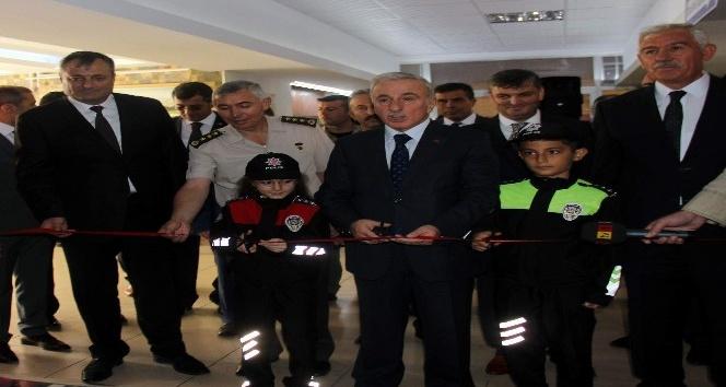 Türkiye'de ilk kez okulda trafik eğitim koridoru oluşturuldu