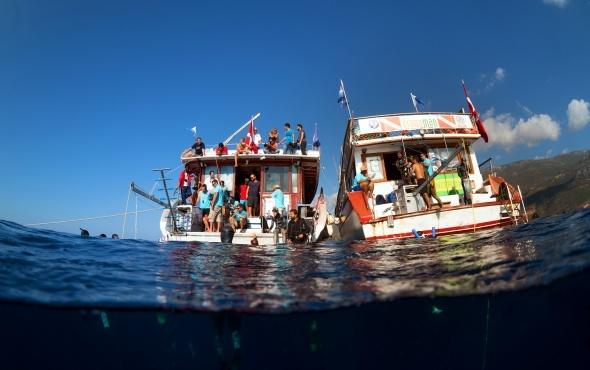 Antalya, dünyanın en iyi dalış sporcularına ev sahipliği yapıyor