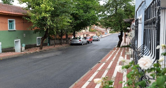 Göçmen Sokak'taki yenileme çalışmaları bir haftada tamamlandı