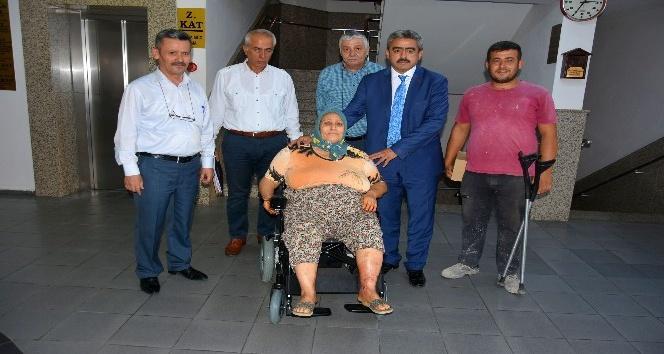 Başkan Alıcık bir engelliyi daha sevindirdi