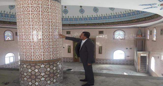 Mahsenli Ali Efendi Camii iç dekorasyonu tamamlandı