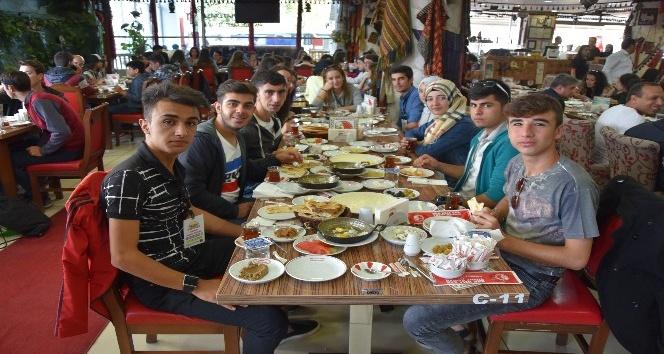 Aydın-Ankara-Van kardeşlik sofrası