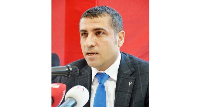 Bakan Gül'den MHP'li başkana telefon