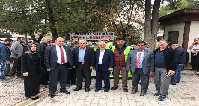 Osmanelilere Hizmet Derneğinden aşure ikramı