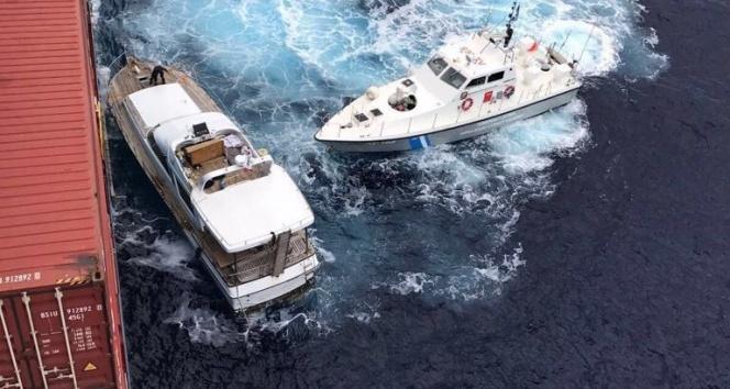 Türk şirketine ait gemi, Sicilya açıklarında 77 göçmeni kurtardı