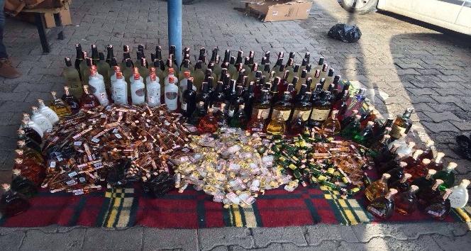 Oltu'da 689 adet kaçak içki ele geçirildi