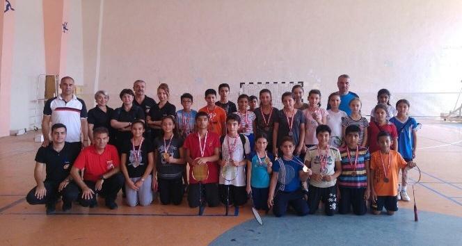 Badminton Altın Raketler Yüreğir İlçe Birinciliği