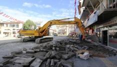 Cumhuriyet Caddesinde asfalt çalışmalarına başlandı