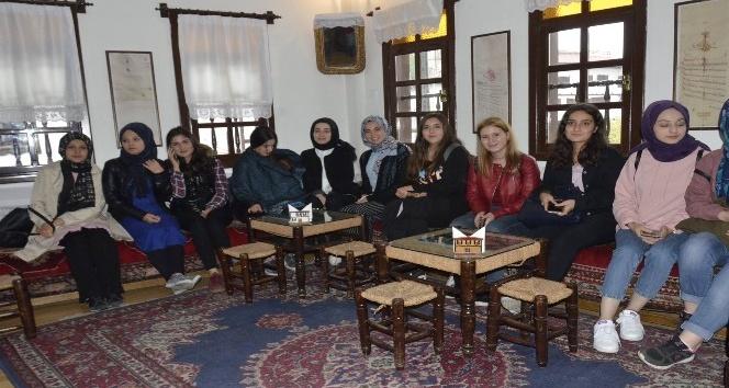 Gençler Amasra ve Safranbolu'yu gezdi