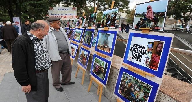 Arakan'daki katliamı fotoğraf sergisi ile gösterdiler