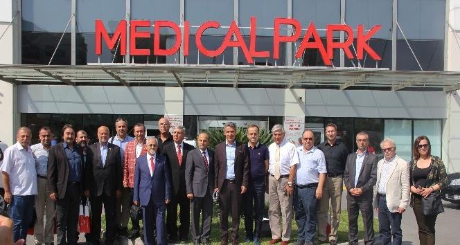 Medical Park ile İzmir Medya Platformu arasında indirim protokolü