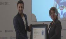 Ünlü Oyuncu Mert Fırat, UNDP'nin iyi niyet elçisi seçildi