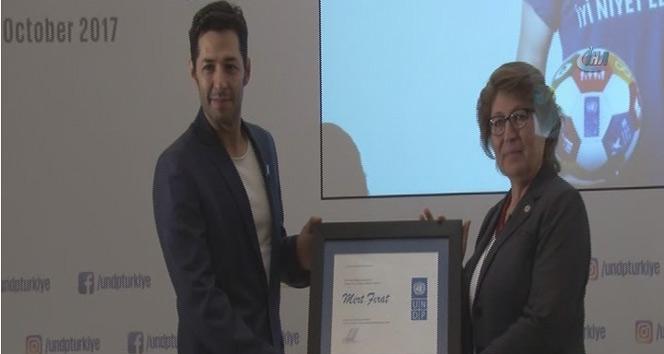 Ünlü Oyuncu Mert Fırat, UNDPnin iyi niyet elçisi seçildi
