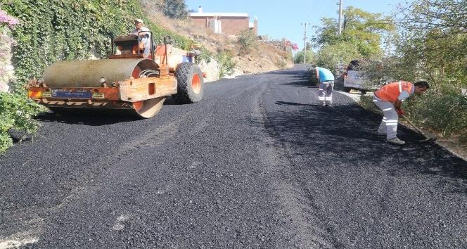 Bodrum'da asfaltlama çalışmaları aralıksız sürüyor