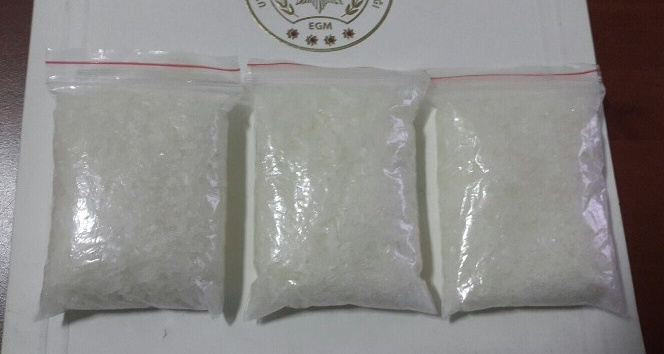 Ağrı'da uyuşturucudan 3 kişi tutuklandı