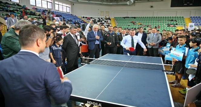 Masa tenisinde Yıldızlar Türkiye Şampiyonası Rize'de yapıldı