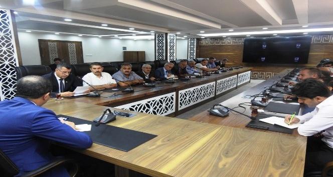 Şırnak Belediye Başkanı Bedirhanoğlu, mahalle muhtarlarıyla bir araya geldi