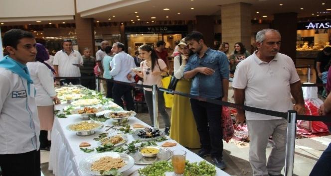 Şanlıurfa'nın 12 bin yıllık lezzetleri sergileniyor