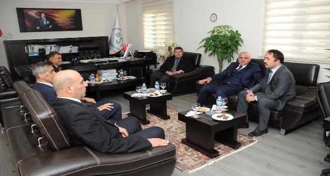 ValisZorluoğlu, DSİ 17. Bölge Müdürlüğünü ziyaret etti