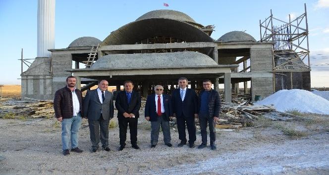 Vali Şentürk, OSB'yi ziyaret etti