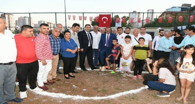 Çukurova'da park ve futbol sahası açılışı