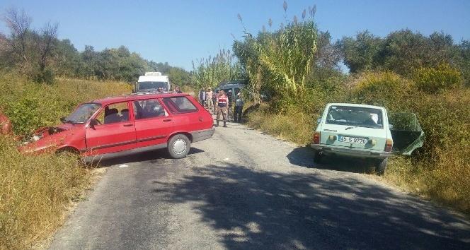 Saruhanlı'da trafik kazası: 3 kişi yaralandı