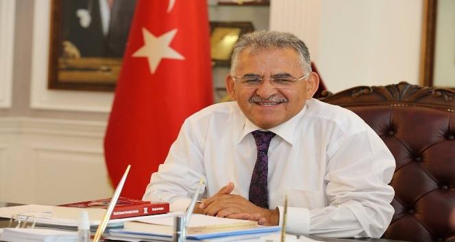 Başkan Büyükkılıç basın çalışanlarını kutladı