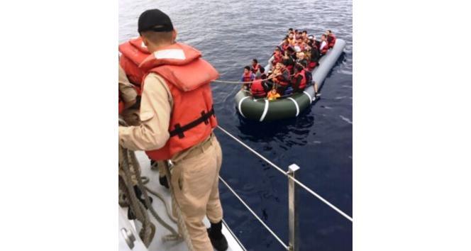 Kuşadası'nda 45 kaçak göçmen yakalandı