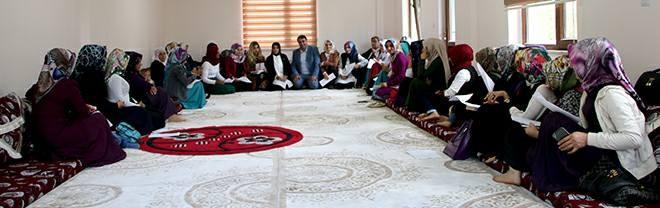 AK Parti Bahçesaray kadın kolları mülakatı yapıldı