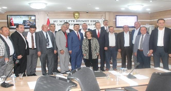 Yeni AK Parti İl Başkanı İl Genel Meclis üyeliğinden istifa etti