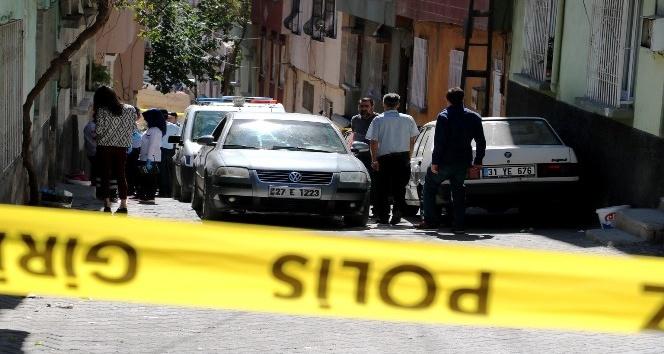 Sokakta karşılaştığı husumetlilerine kurşun yağdırdı: 1 ölü, 1 ağır yaralı