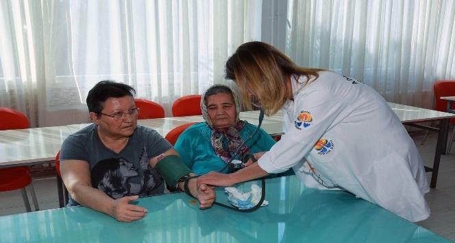 Yaşlılara sazlı, sözlü sağlık hizmeti