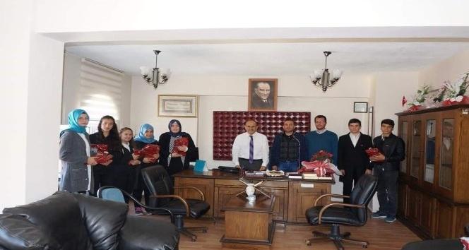 Camiler ve Din Görevlileri Haftası dolayısıyla Müftü Dizen'i ziyaret ettiler