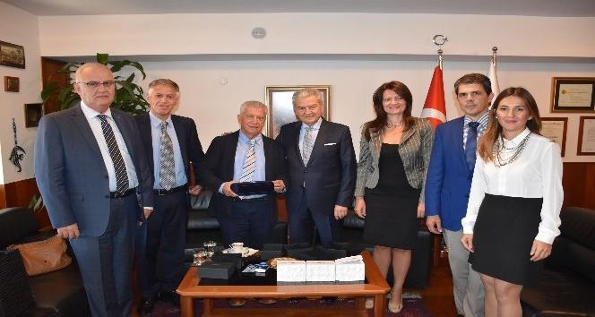 Atina'daki İzmir'den İTO'ya ziyaret
