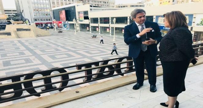 Şahin, Beyoğlu Belediye Başkanı Demircan'a kenti tanıttı