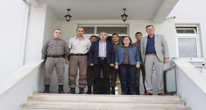 Başkan Duymuş'tan Vezirhan Jandarma Karakol Komutanı Şafak'a hayırlı olsun ziyareti