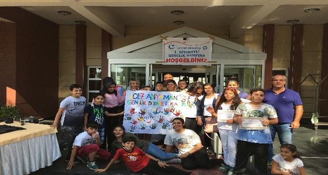 Üniversitede diyabetli çocuklar için gençlik kampı