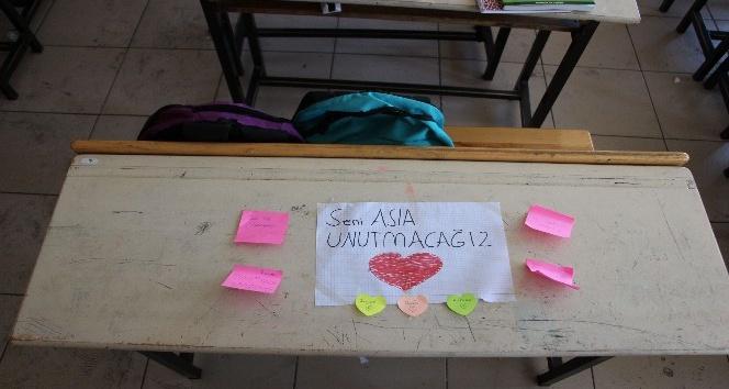 Kazada ölen minik Zeynep'in sırası boş kaldı