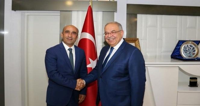 Araban Belediye Başkanı Özdemir ile Başkan Kutlu bir araya geldi