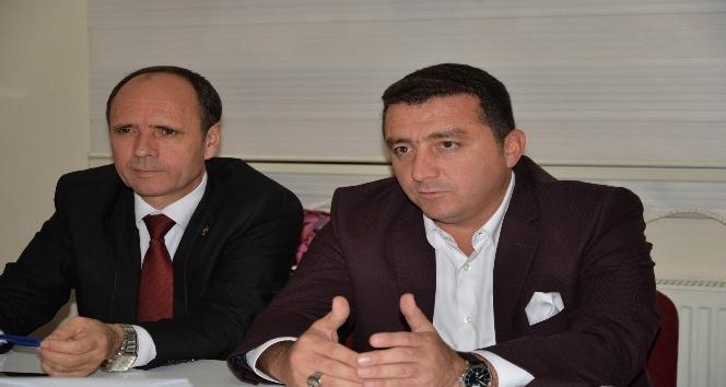 Başkan Bakıcı Ak Parti İlçe Yönetim Kurulu toplantısına katıldı