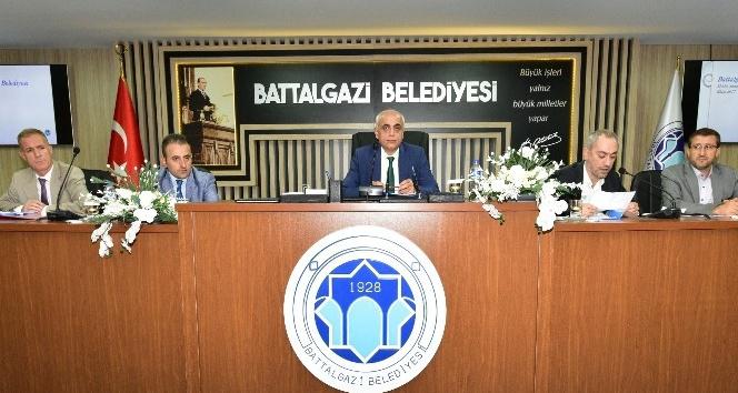 Battalgazi Belediye Meclisi Ekim ayı toplantılarına başladı