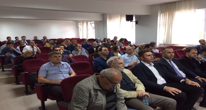Biga Meslek Yüksekokulunda 3 boyutlu yazıcı semineri verildi